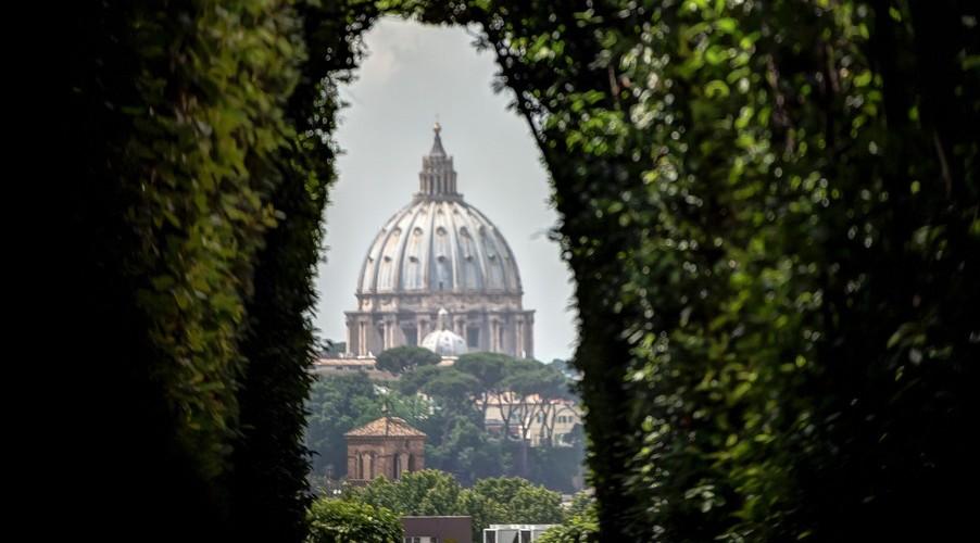 Escala de crucero en Roma: la cerradura que te llevará al cielo en la Piazza dei Cavalieri di Malta en Roma