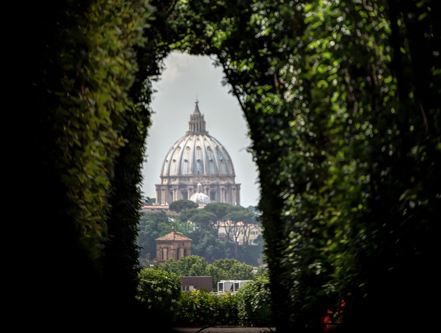 Escala de crucero en Roma. Ojo de la cerradura de los Caballeros de Malta