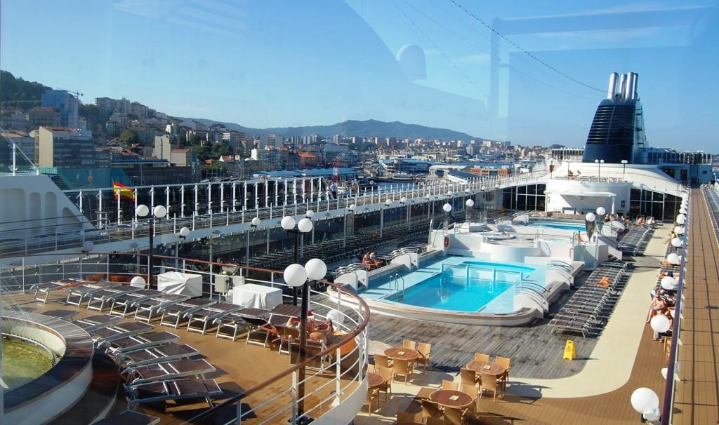 piscina MSC Opera