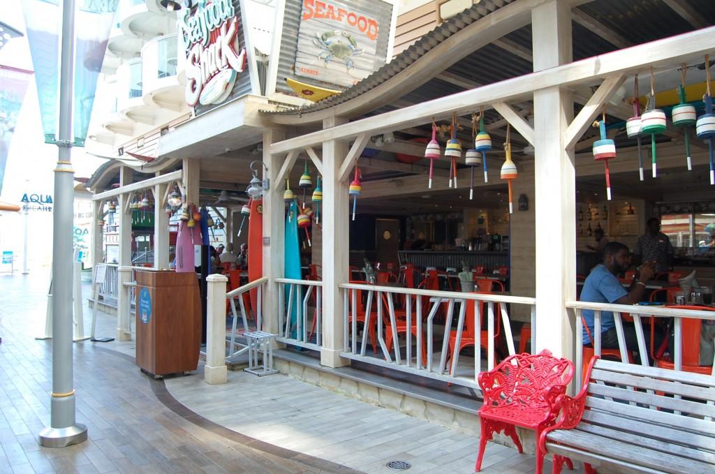 Restaurante Seafood en el Boardwalk del Oasis of the Seas