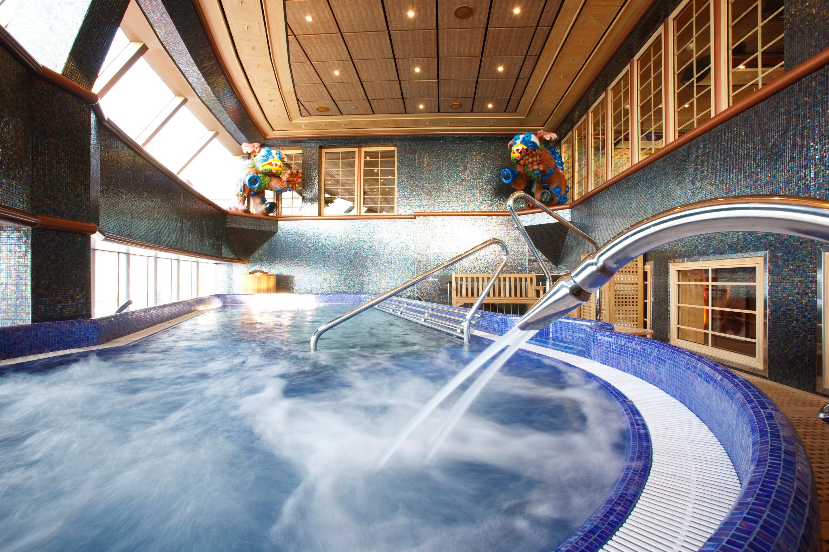 Vuelta al mundo en crucero con costa cruceros - Costa luminosa piscine ...