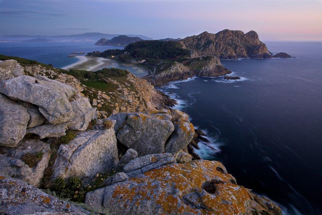 Vista de las Islas Cies en el crucero en el Norwegian Epic