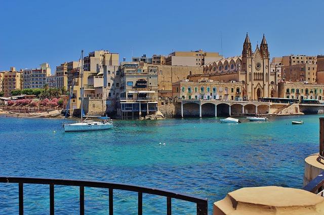 crucero por el Mediterráneo desde Valencia mayores 60 años
