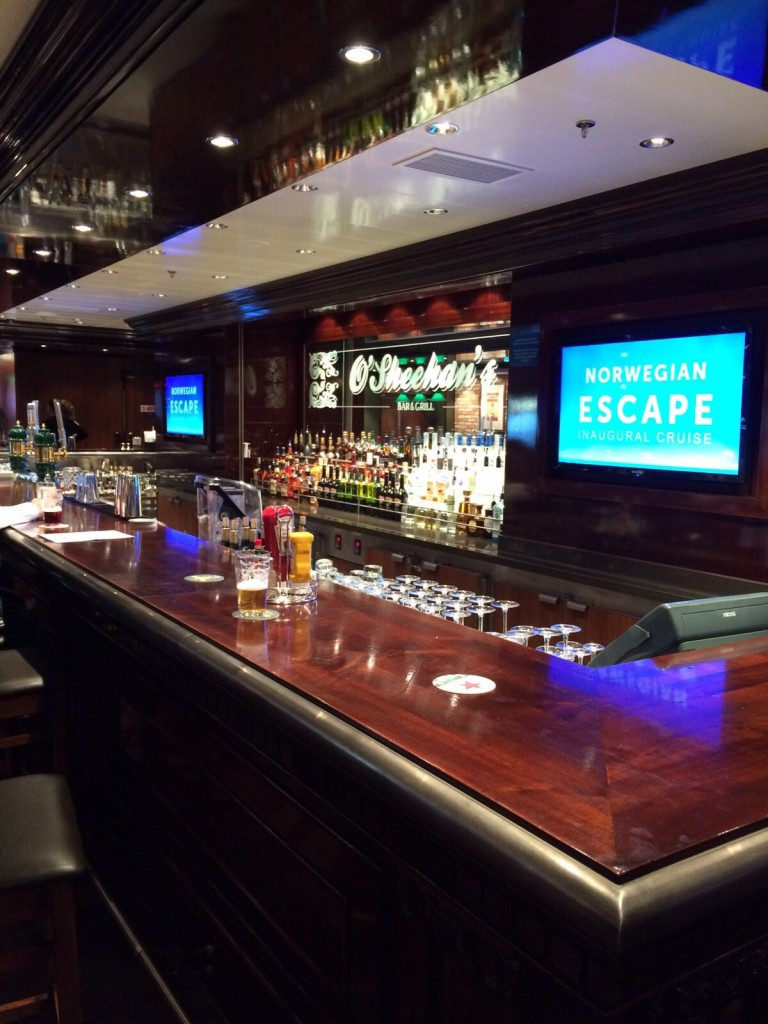 O'Sheehan's Bar & Grill en el barco Escape en el Programa Norwegian Edge