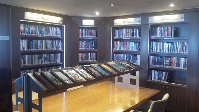 Fotos del ms Eurodam de Holland America Line Librería biblioteca