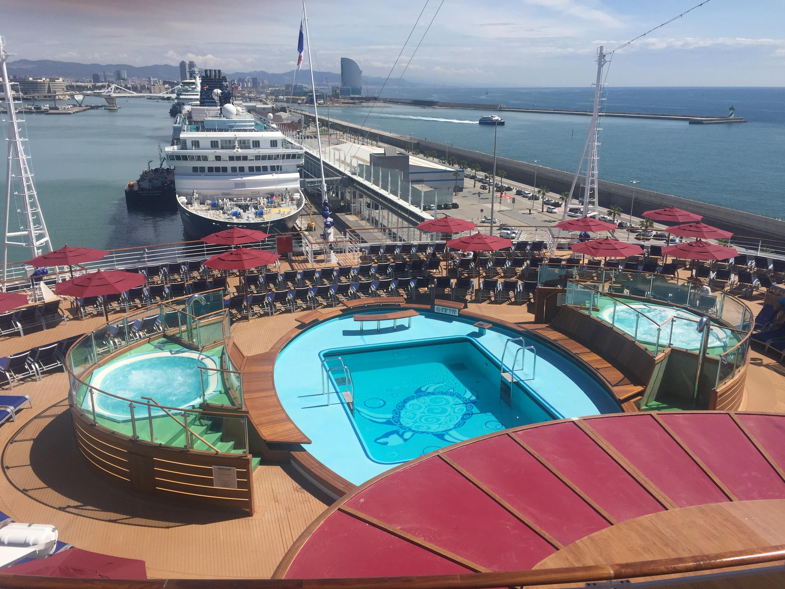 8b039906e787e crucero-carnival-vista-nuevo-barco-carnival-cruise-line-piscina -