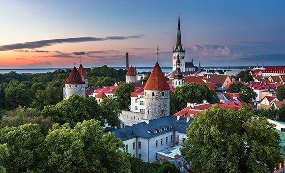 Báltico con paquete de bebidas y vuelos incluidos Pullmantur