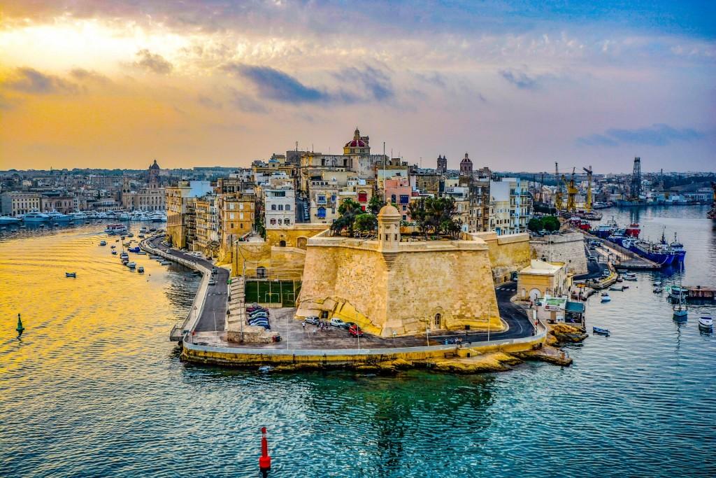 5 islas del Mediterráneo que puedes conocer viajando en crucero