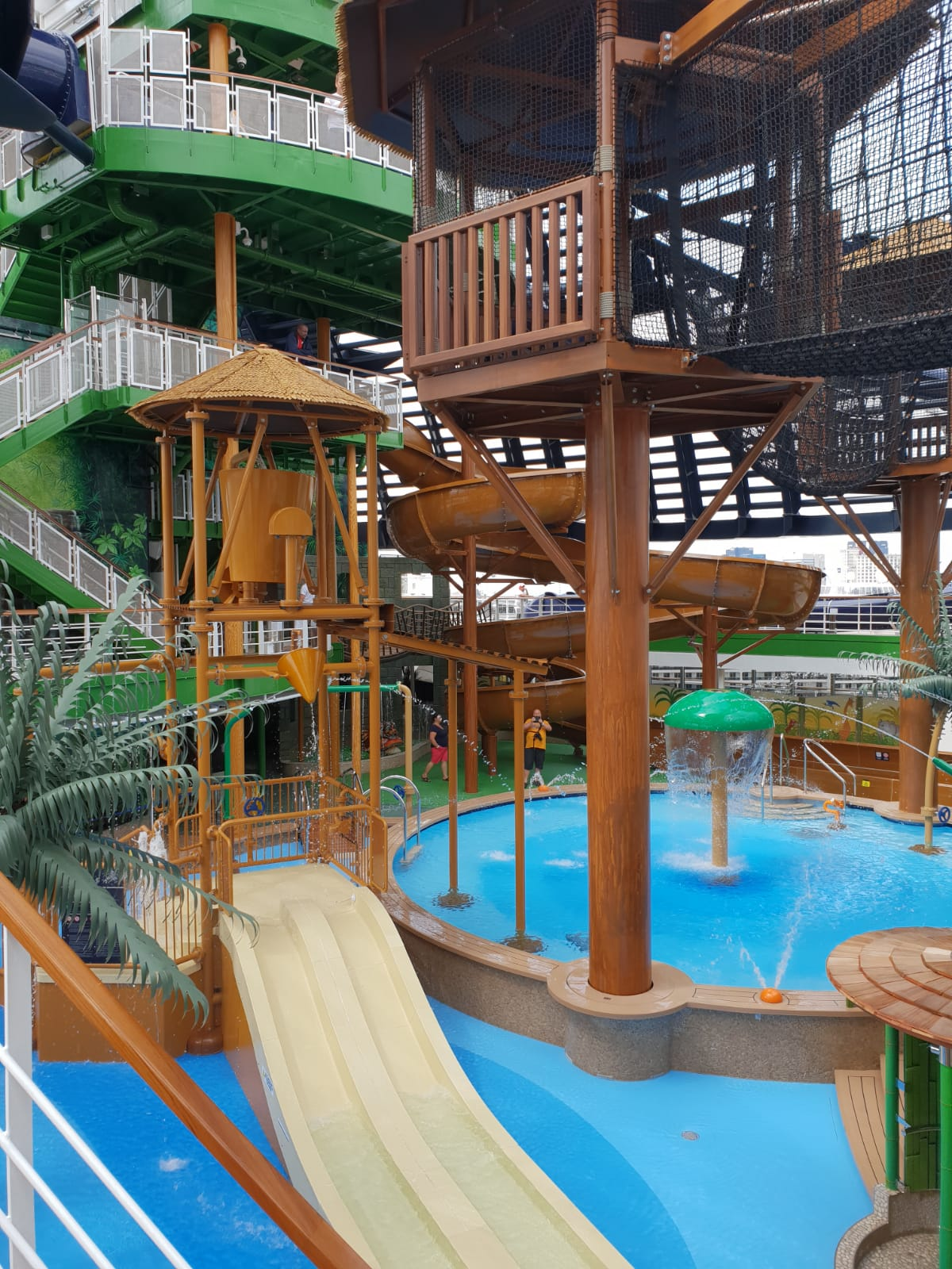 crucero-msc-seaview-msc-cruceros-aquapark