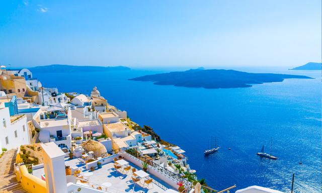 Este verano elige dos destinos en el mismo crucero: Mediterráneo e Islas Griegas en el Vision of the Seas de Royal Caribbean