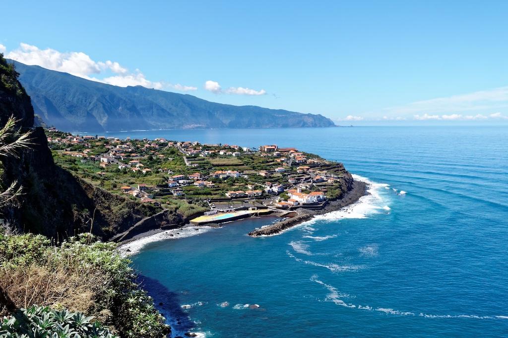 madeira-coastal-landscape-atlantic-island-tourism-holiday-picturesque-sea-portugal-1372018